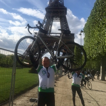 Mark Payne Cycles from Bristol to Paris